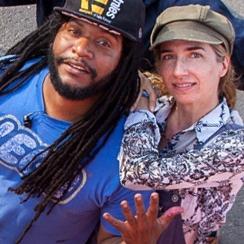 Zatélite& Mona